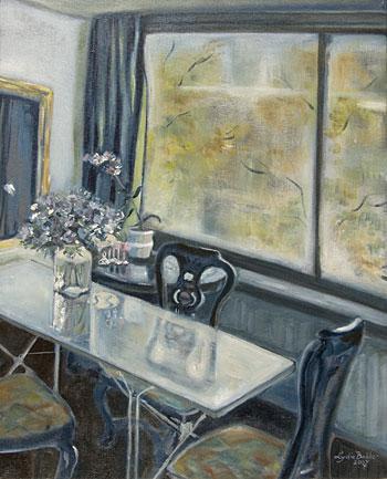 Interieur met glazen tafel